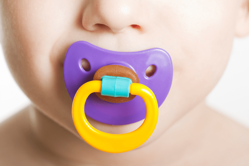 Using a baby pacifier birthingcenter of ny